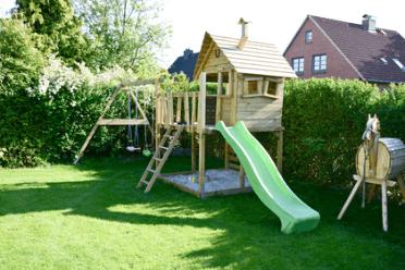 Stelzenhaus im Garten